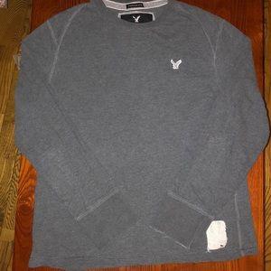 AE vintage fit long sleeve distressed basic shirt